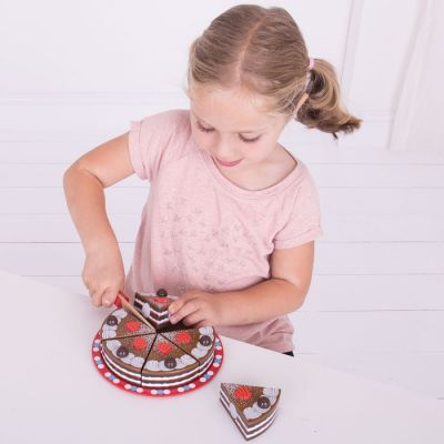 Image 3 of Chocolate Cake - Bigjigs Toys  (£19.99)
